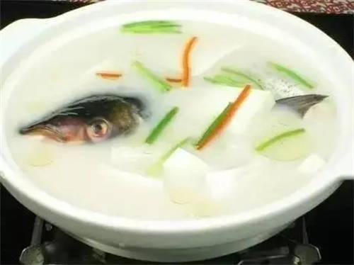 陈皮鲫鱼豆腐汤